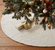 Pottery Barn Christmas Decorations Sale by 365 Best Modern Christmas Images On Pinterest Modern Christmas