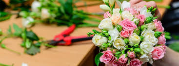 ordering flowers things you should consider before ordering flowers online flower