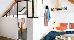 salle de bain dans chambre sous comble créer une chambre et une salle de bains sous les toits