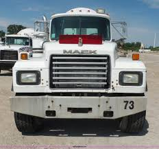 1995 mack rd690s mixer truck item l4887 sold july 28 co