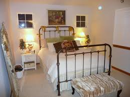 Cottage Themed Bedroom by 88 Best Cottage Decor Images On Pinterest Bedrooms Home And