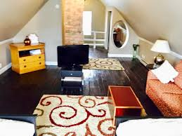 Living Room Sets Cleveland Ohio Cleveland House Hotels Vacation Rentals Furnished Vacation