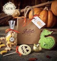 Halloween Gift Bag by Betty Hallowe U0027en Gift Bag Packaging U2014 Suzy Munro