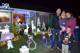 bradpole family host christmas lights fundraiser for young