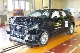 si e auto crash test ultimi crash test sicurezza 2016 svetta audi q2 e qualcuno si salva