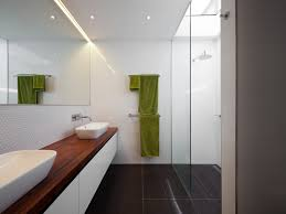 Mirror Wall In Bathroom The Options Of Simple Chic Tiled Bathroom Floors And Walls
