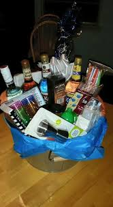 Liquor Baskets Best 25 Alcohol Gift Baskets Ideas On Pinterest Alcohol Gifts
