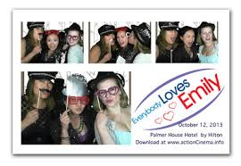 photobooth rentals free greenscreen mode highland park northbrook