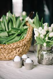 30 easter decoration ideas easter flower arrangements and decor