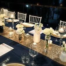 navy blue table linens i like the two toned table runners the centerpiece is too tall