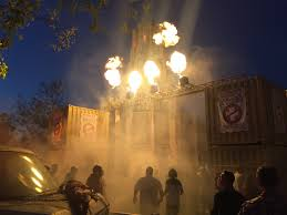 halloween horror nights chainsaw haunt review universal u0027s halloween horror nights hollywood 2014