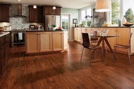 bodenbeläge küche küche günstig renovieren mit wertigem profilor pvc bodenbelag