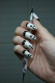simple ghosts halloween nail art tutorial nevertoomuchglitter