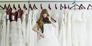 wedding dress shopping what not to do when picking out a wedding dress huffpost