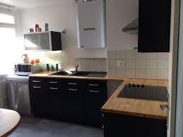 cuisine noir laque plan de travail bois bizoko