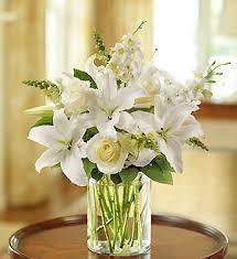 white flower arrangements best 25 white flower arrangements ideas on white white