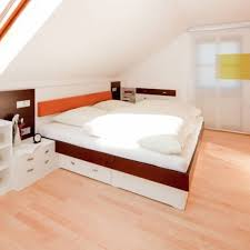 wohnzimmer dachschr ge gemütliche innenarchitektur farbgestaltung dachschräge