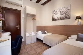chambre 2 lits chambre avec salle de bain partagée 2 lits pension mari