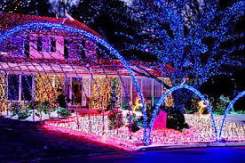 christmas displays 15 outrageously beautiful christmas light displays christmas