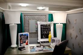 Cubicle Decoration Themes Cool Decorate Cubicle Stylish Cubicle Decoration Themes In Office