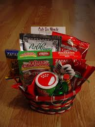 new orleans gift baskets 19 best gift baskets images on gift basket basket