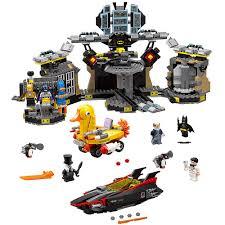 amazon com the lego batman movie batcave break in 70909 superhero