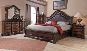 Craigslist Orlando Bedroom Set by Lifestyle King Mansion Padded Leather Bedroom Set King Bedroom