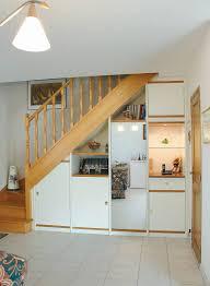 cuisine sous escalier cuisine placard sous escalier sur mesure nantes vannes