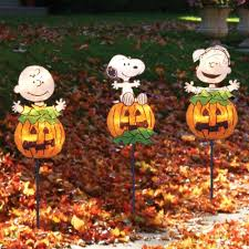 peanuts snoopy decorations