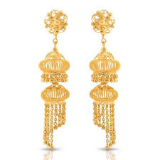 gold jhumka earrings jaali gold jhumkas jewellery india online caratlane