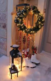 Unique Christmas Decorating Ideas 35 Cool Christmas Lanterns Decor Ideas For Outdoors Gardenoholic