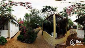 chambre d hote gilles les bains chambres d hôtes à gilles les bains iha 33804