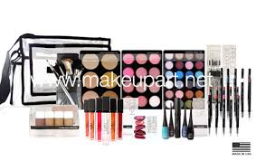 makeup kits for makeup artists intro intermediate makeup artist kit 401 light to