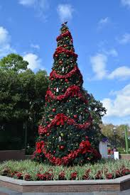 mousesteps epcot preparing for holidays around the world as
