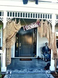 50 chilling and thrilling halloween porch decorations curb