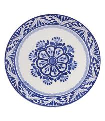 tory burch dinnerware tory burch entertains table setting inspiration printed linen and