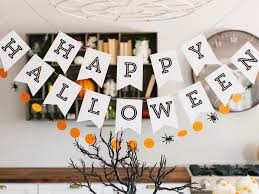 halloween decorating ideas spider party table luminaries black and