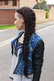 Half Shaved Hairstyles Girls by 477 Best Badass Hair Images On Pinterest Hairstyles Hair And