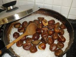come fare le caldarroste in casa al sale grosso