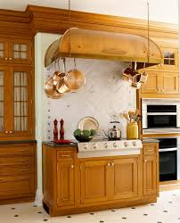 Oak Cabinets Kitchen Design Elegant Kitchens With Warm Wood Cabinets Traditional Home
