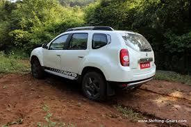 renault duster white renault duster awd photo gallery shifting gears