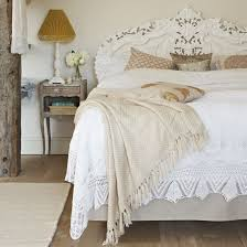 simple details the key to mixing cream and white in decor and