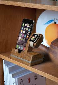 apple watch and iphone dock iwdock indiegogo theperfectgift