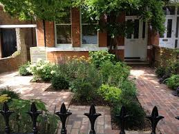 Front Garden Bed Ideas Front Garden Design How To Upgrade The House Impression