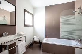 hotel baignoire dans la chambre emejing salle de bain chambre d hotel contemporary amazing house