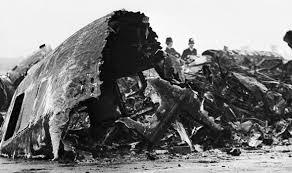 edinburgh airport tribute to victims of 1965 crash uk news