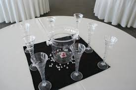 wedding decoration simple and elegant dining table desoration