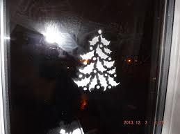 Christmas Windows Decorations Spray Between Two Wor L Ds Snow Spray Decoration For Windows 1