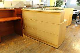 Reception Desk Price by Baldwin Glass Top Maple Reception Desk U2022 Peartree Office Furniture