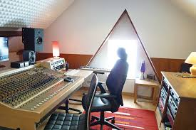 25 pro tips to create the perfect studio setup